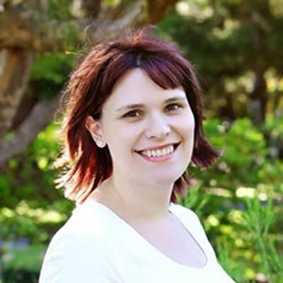 Profile Picture of Jillian Waldron